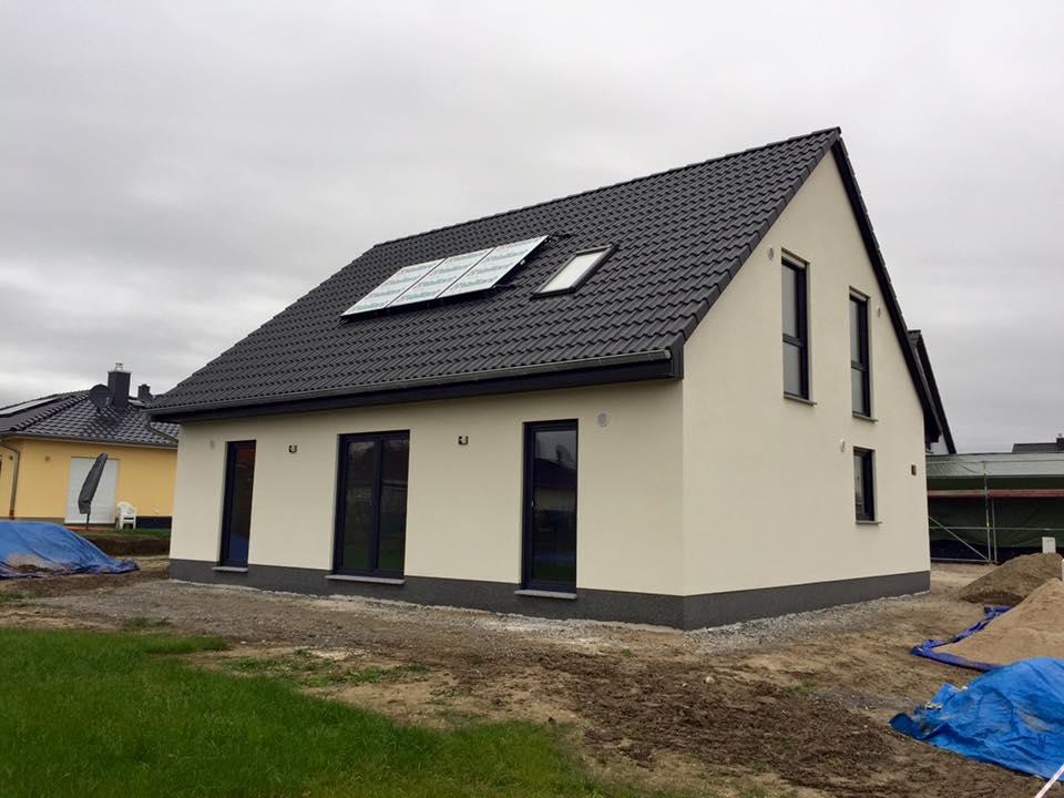 haus bergabe eines mitwachshauses 148 in landsberg ot spickendorf bei halle blog von town. Black Bedroom Furniture Sets. Home Design Ideas