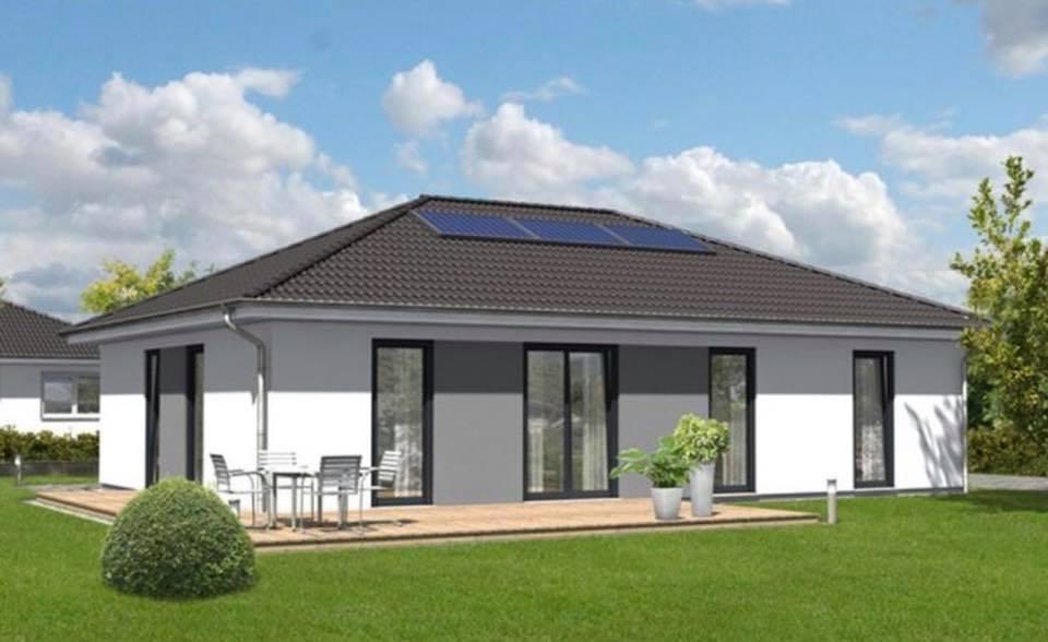 erster spatenstich f r einen bungalow 110 in landsberg blog von town country halle. Black Bedroom Furniture Sets. Home Design Ideas